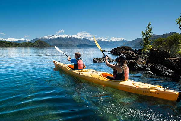 Beach Rentals – Kayak & SUP hire!