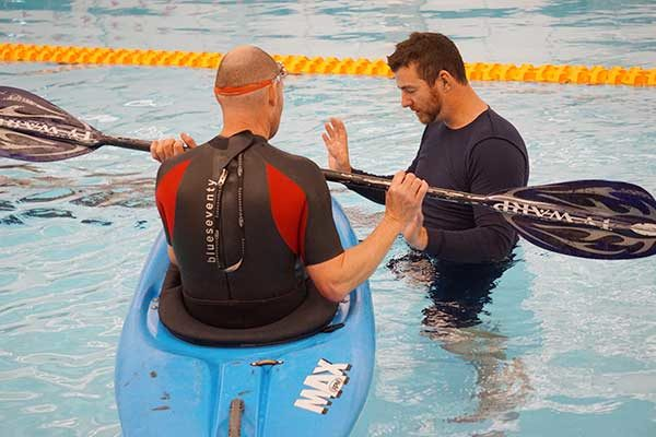 Kayak rolling - pool training