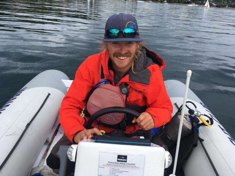 Austy – Guide & Instructor